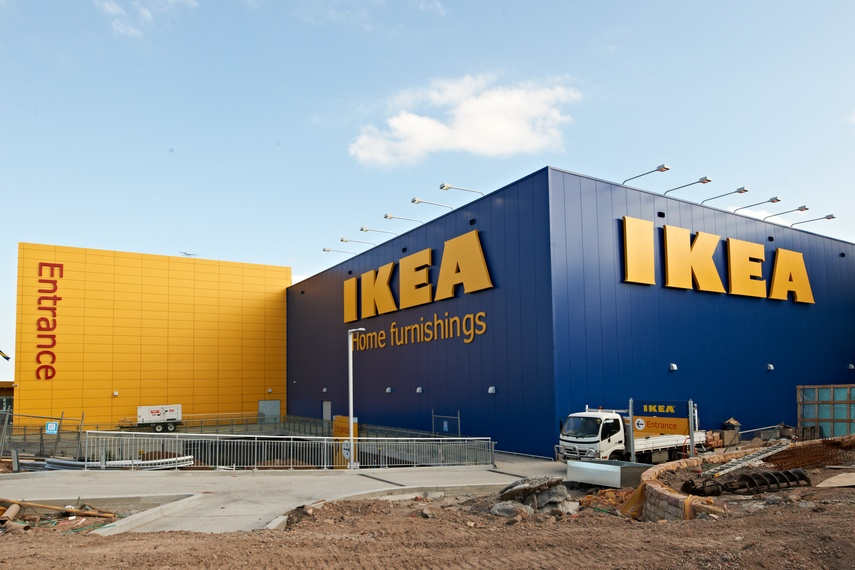 IKEA, Tempe, Australia using Kingspan's Kingspan's Architectural Wall Panel (KS1000 MR).  Kingspan insulated wall panels offer architects unprecedented freedom of design.