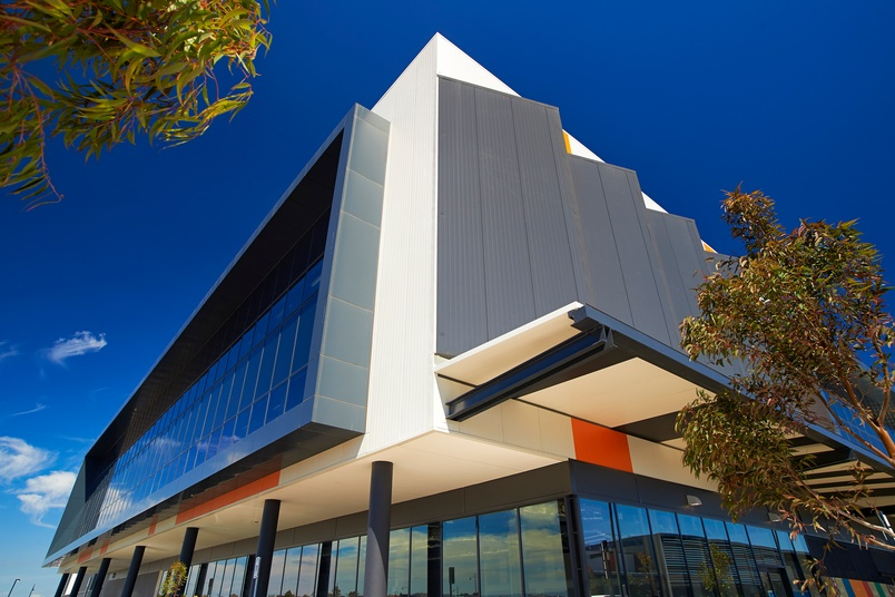 Craigieburn Shopping Centre, Melbourne, Australia using Kingspan's BENCHMARK Evolution Axis Design Wall Series , Architectural Wall Panels (Wave and Plank), Trapezoidal Wall Panel (KS1000 RW).  Kingspan insulated wall panels offer architects unprecedented
