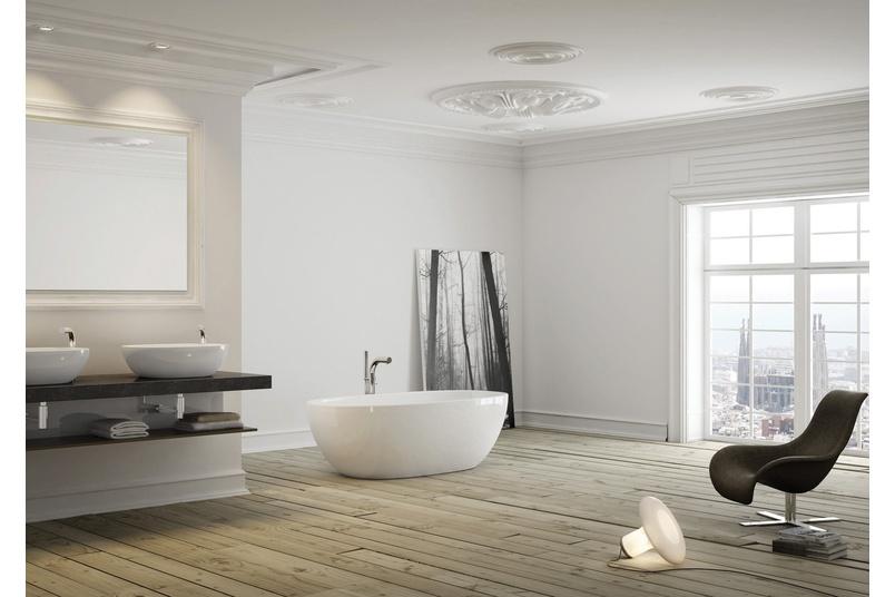 Barcelona freestanding bath.