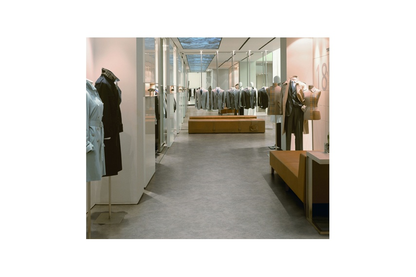 The Expona Control range is ideal for retail and wider commercial use.