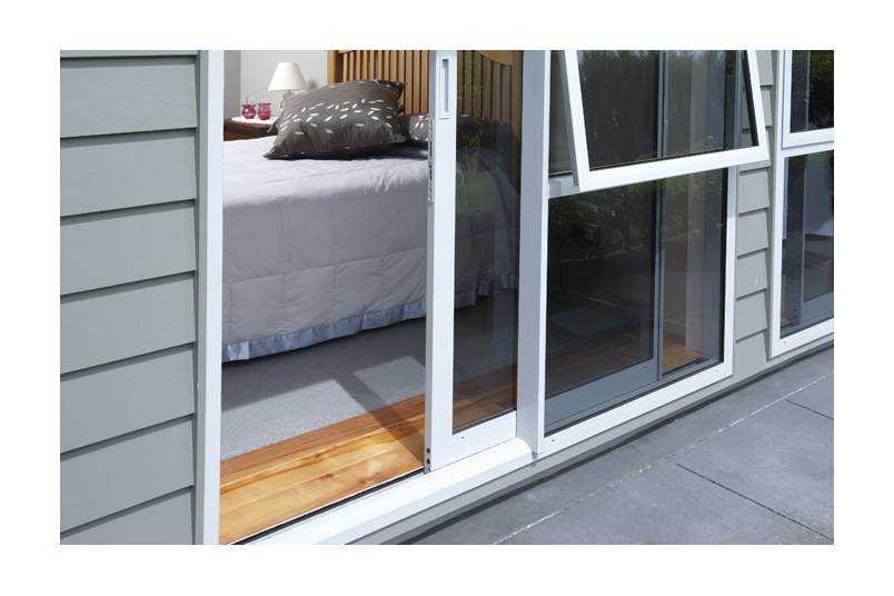 Ranchslider sliding doors by altus windows selector for Window designs nz