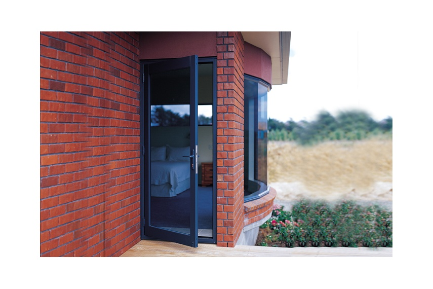 Hinged doors are available in a variety of colours and so too is the glass