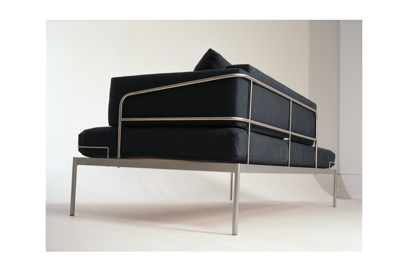 Line One chaise – available with arm either end