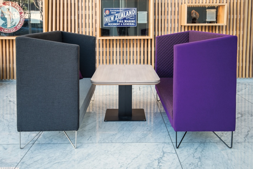 Shift Split table (closed) with Escape soft seating.