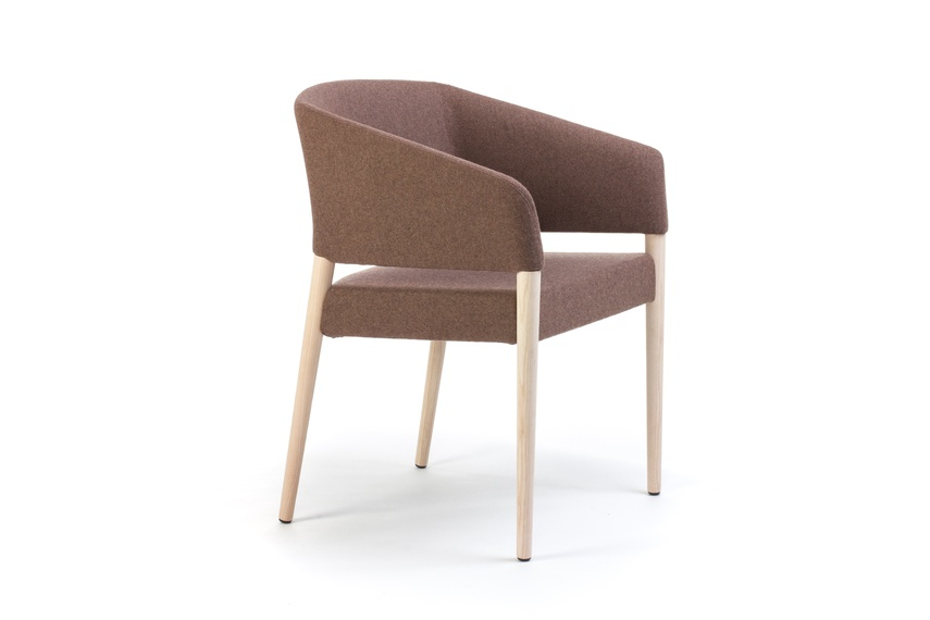 Marcela chair in brown.