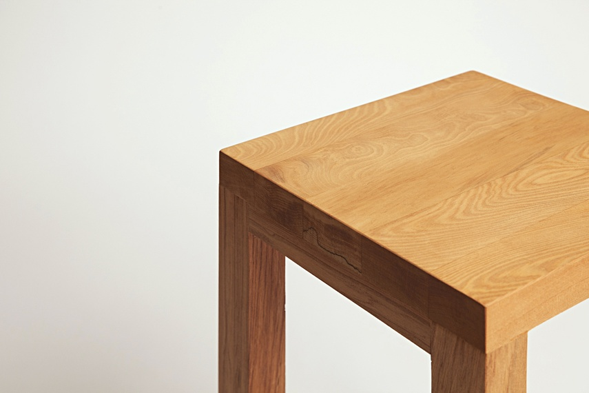 Designed by Nathan Swaney, the Uno stool is a bar leaner or informal cafe seat.