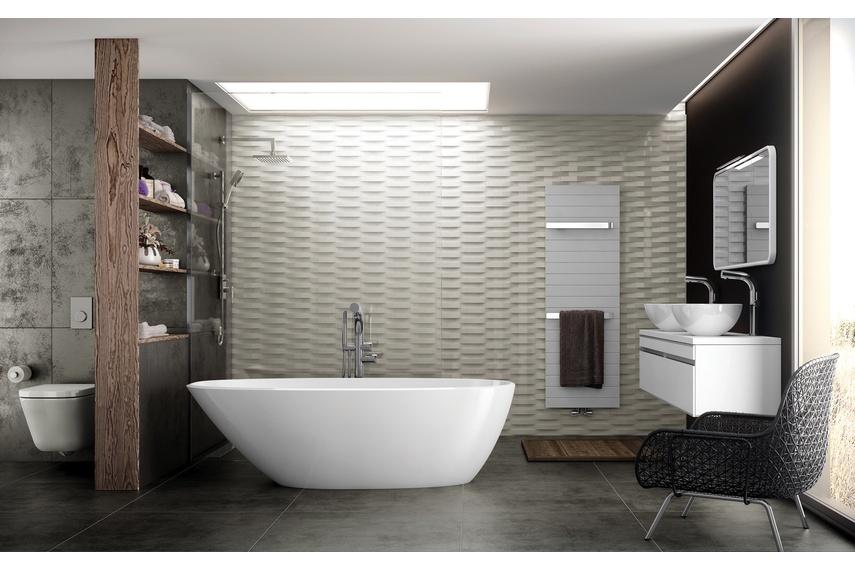 Mozzano freestanding bath.