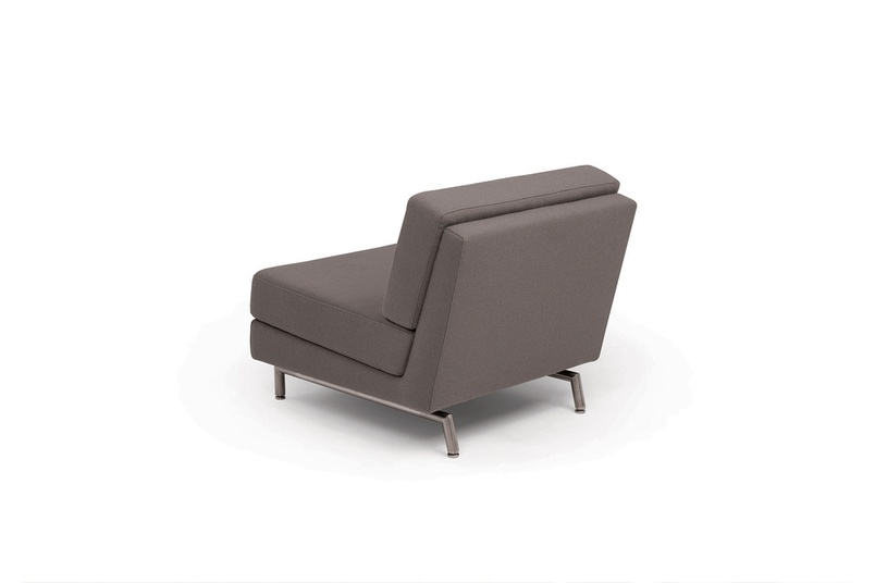 The Ellington lounge is available in a range of sizes and finishes