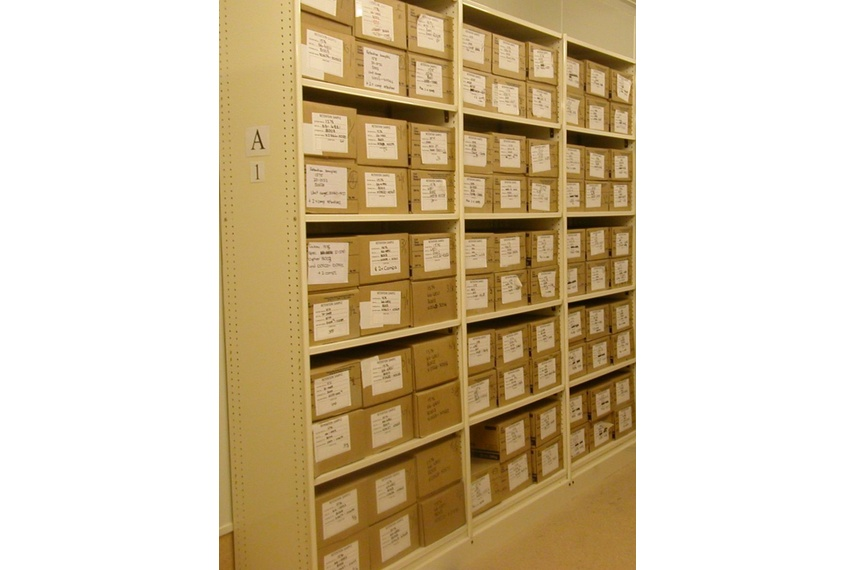 Resource shelving for archive boxes.