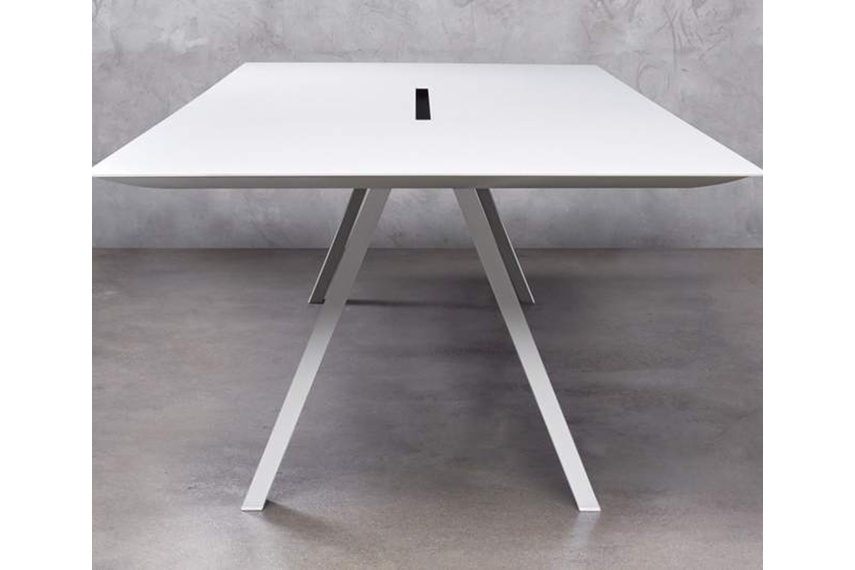 Arki-Table with cable management.
