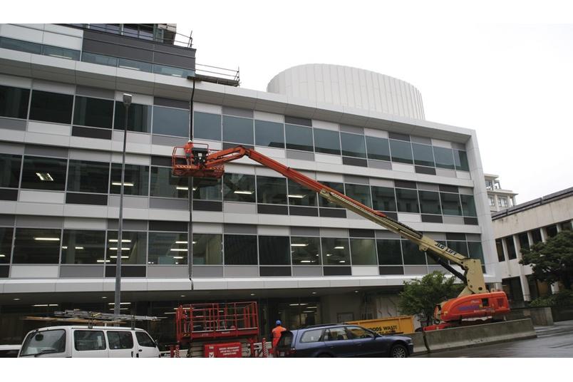 Structural glass refurbishment - Vogel, Wellington