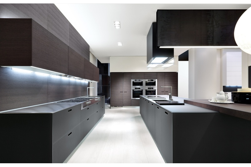 The Kyton kitchen offers new options in finishes not previously available from Varenna.