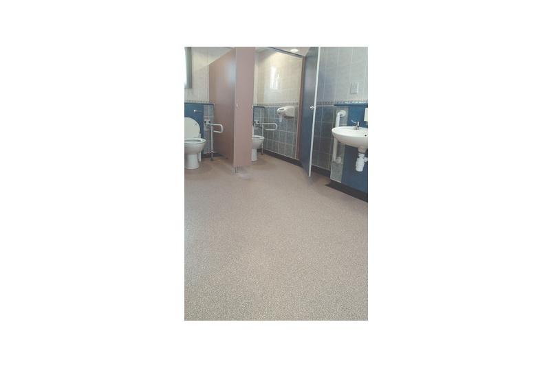 Vogue Ultra Oystershell 4800 - Hospital.
