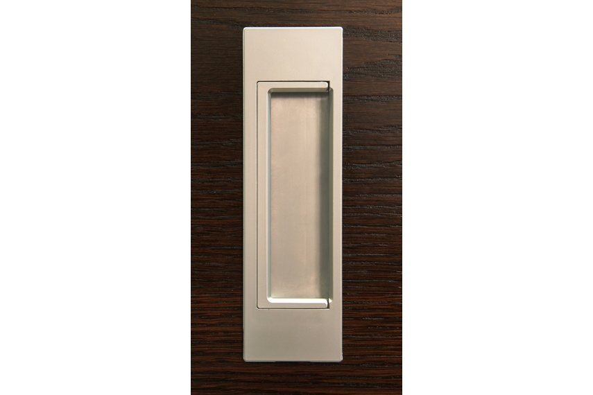 HB678 170mm Flush D Pull handle is available in a range of finishes.