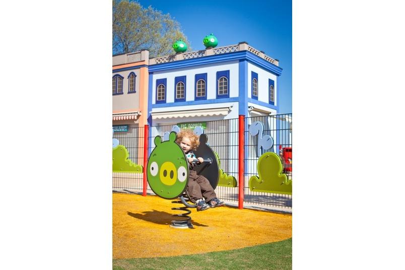 Angry Birds – Minion pig springy rocker