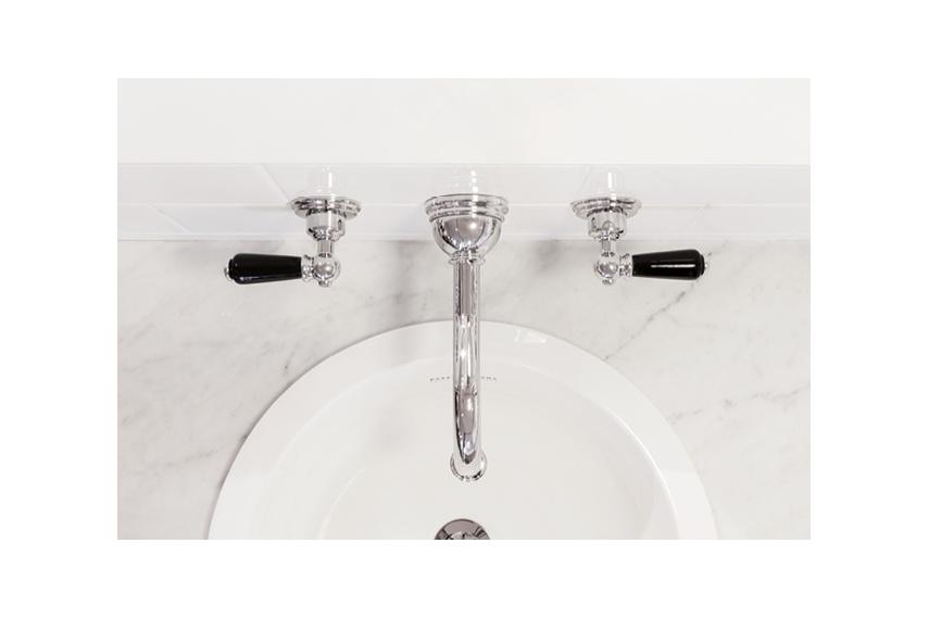Perrin & Rowe bathroom taps by In Residence – Selector