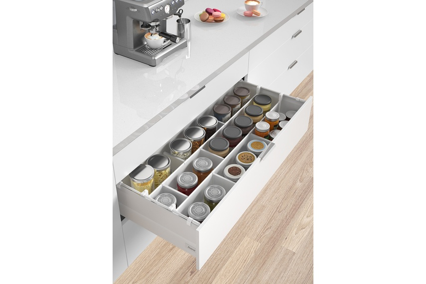 Harn Ritma Cube HS model with added drawer divider panels and lateral dividers.