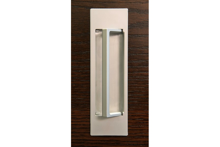 HB679 flush pull is available in a range of finishes.