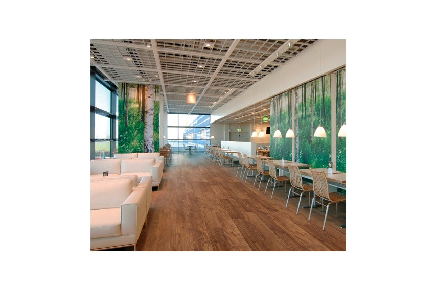 Expona Superplanks are ideal in hospitality settings.