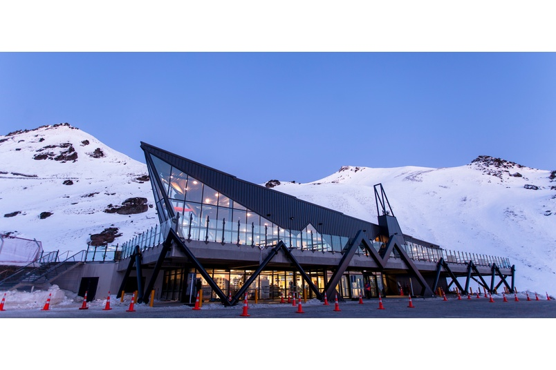 Remarkables Skifield base building, Queenstown, using Kingspan's Trapezoidal RW roof panel.  Kingspan insulated roof panels provide building envelope solutions combining aesthetics, longevity and thermal insulation.
